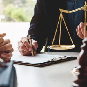Luật sư Hỗ trợ pháp lý chuyên nghiệp